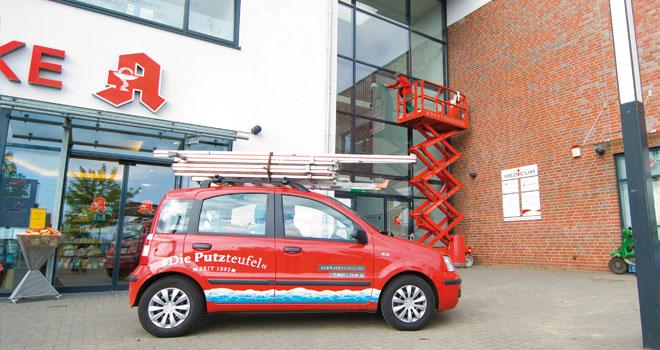 Glasreinigung mit Leitern und Hubsteiger, Firmenwagen Putzteufel